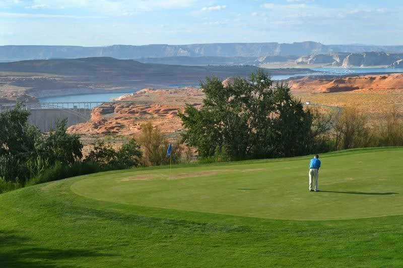 golfing at Lake Powell National Golf Course