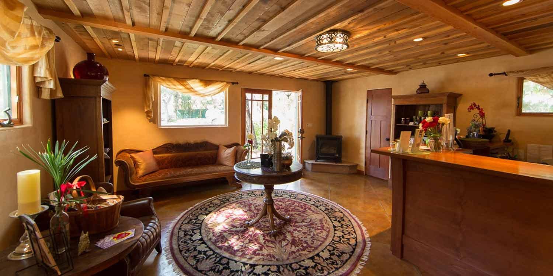 Reservation Policies - Ojai Valley Lodging | Emerald Iguana Inn