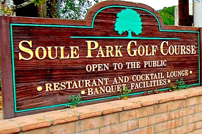 Sign for Soule Park Golf Course