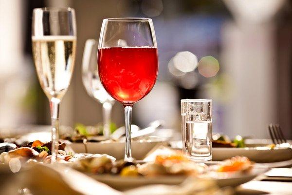 Hotel Seacrest restaurants wine dinner
