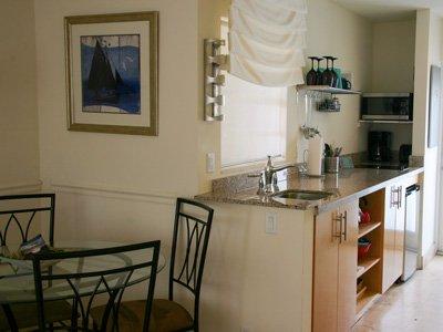 Hotel Seacrest Ocean Room kitchen