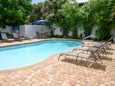 Hotel Seacrest pool