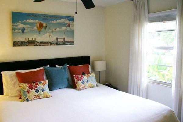 Hotel Seacrest Matilda Room bed
