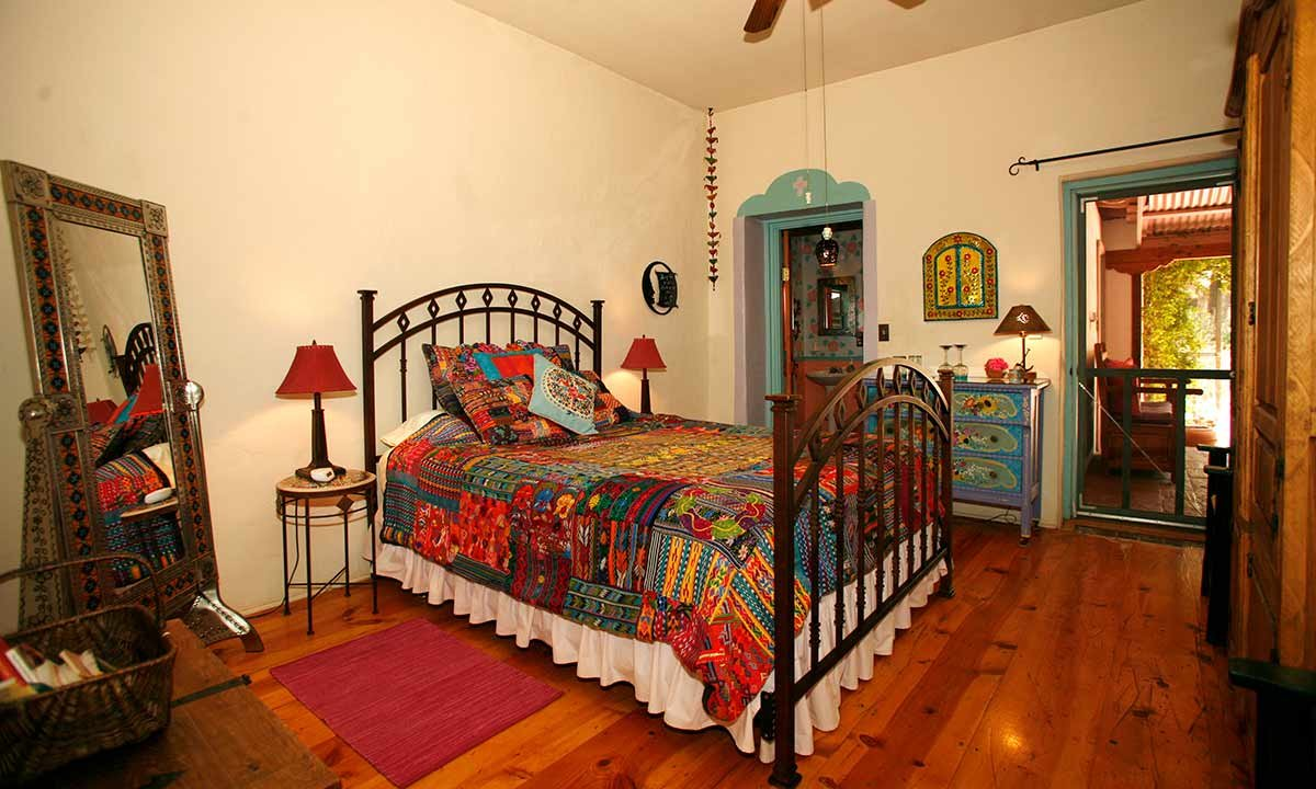 room at Duquesne House in Patagonia, AZ