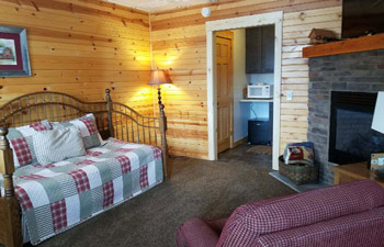The Friend Suite at Blessings Cabins