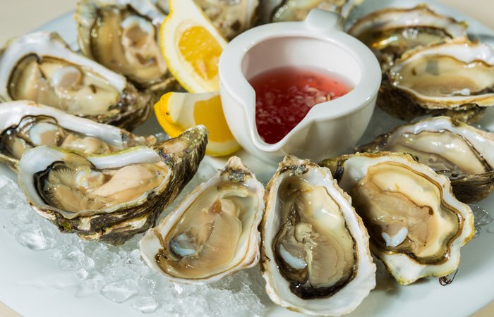 Ipswich Inn area restaurants oysters lemons red sauce
