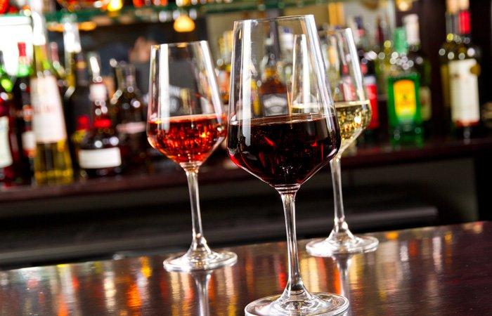 Ipswich Inn area restaurants wine bar