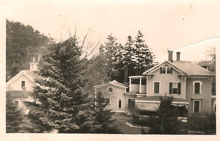Ipswich Inn Historical Photo Exterior back with trees
