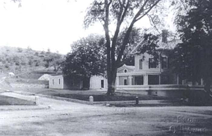 Ipswich Inn Historical Photo Exterior