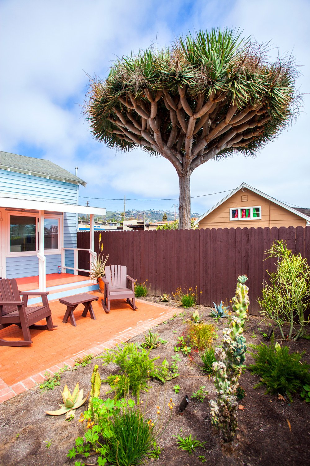 valencia ft of spaces beach cottage only minute last rental la july laguna house cottages deal to rentals plenty patio