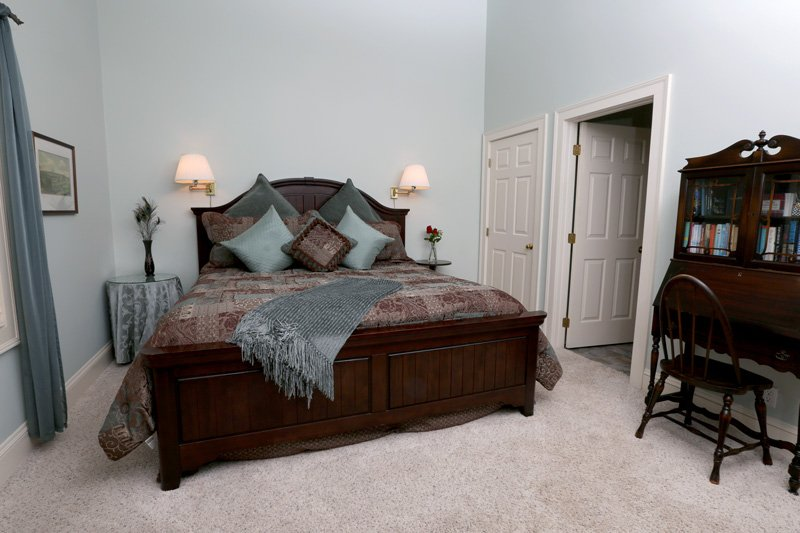 Country Comfort Bed and Breakfast Tranquility Room Bed