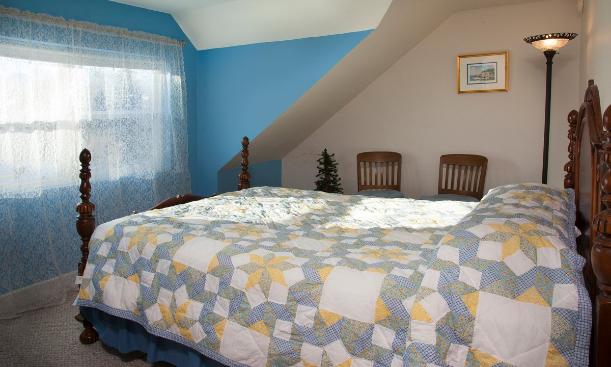 Sawyer House Door County Lighthouse room bed