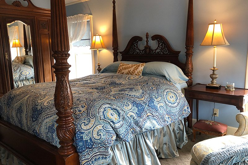 Madison House Bed And Breakfast Victorian Room