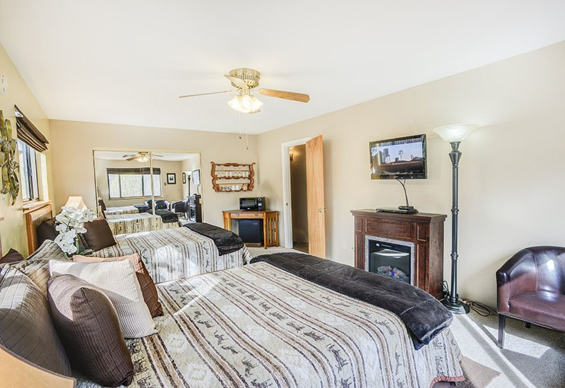 Grand Canyon Double Queen Room