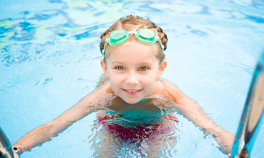 A kid in a pool