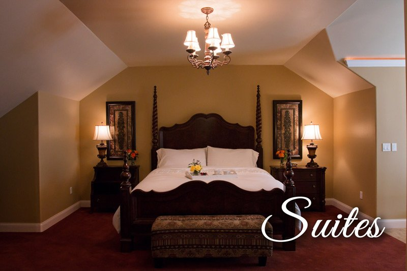 Summer Creek weddings suites bed