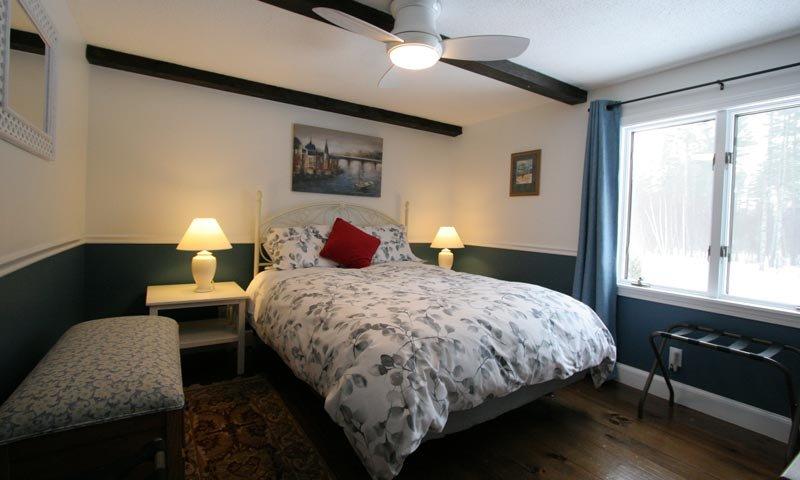 Old Saco Inn The Blue Room