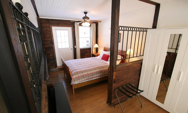 Old Saco Inn Lexington Suite