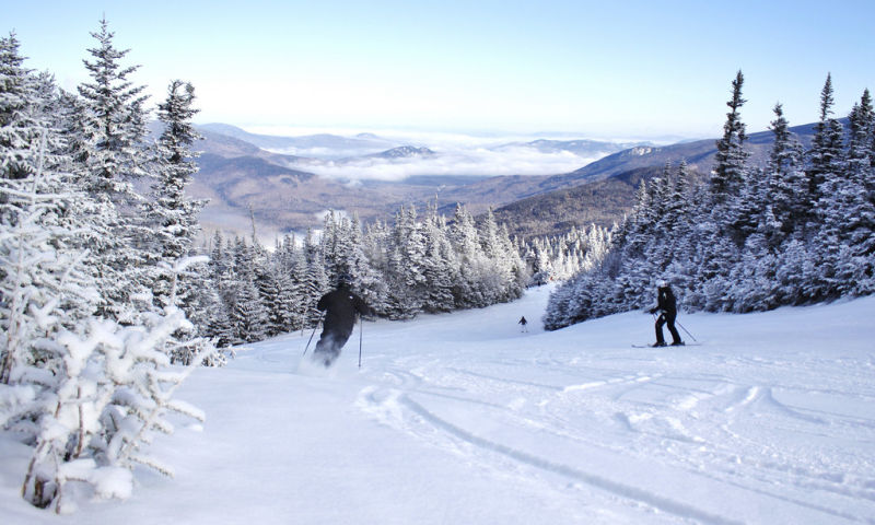 guy skiing down wildcat mountain