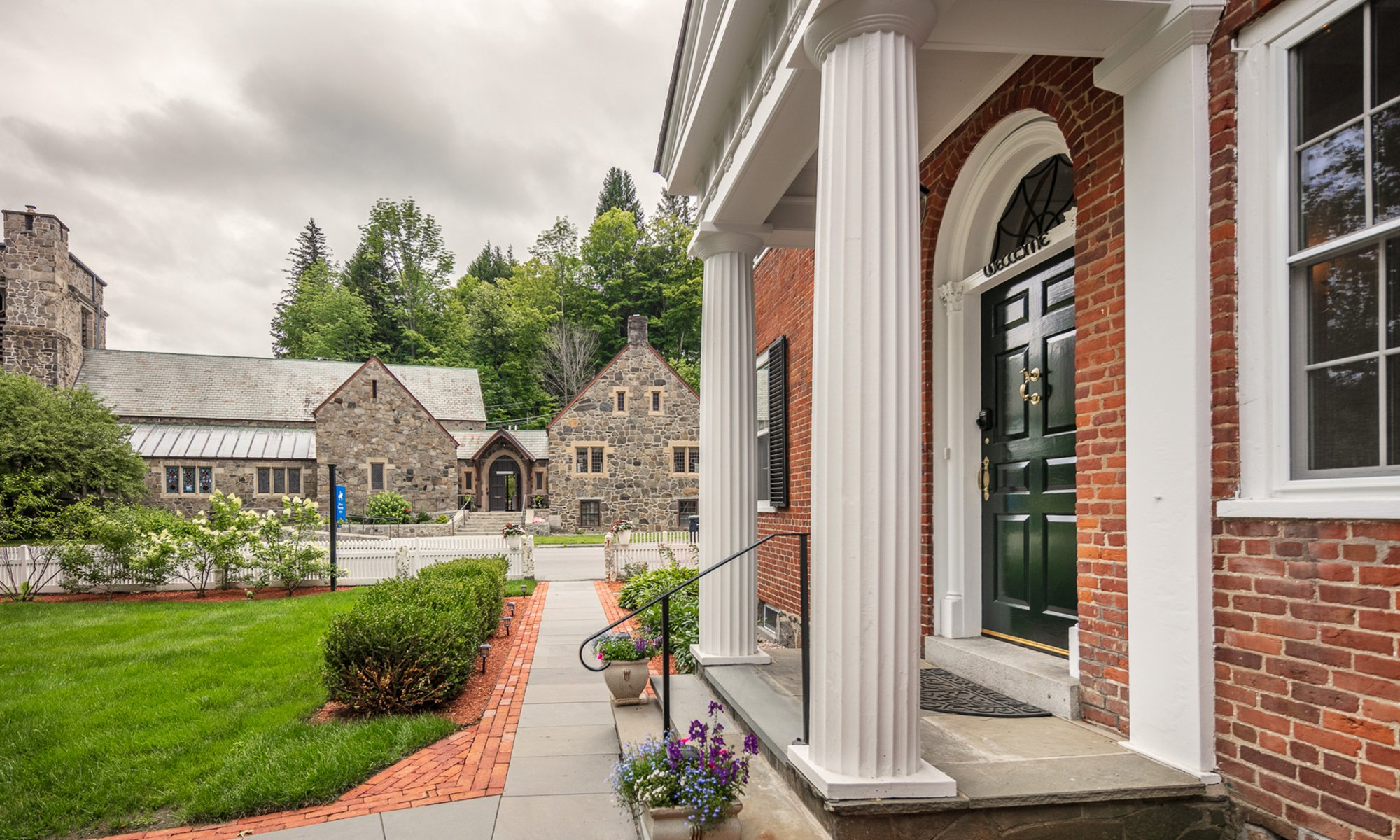 The Blue Horse Inn - Lodging in Woodstock, Vermont