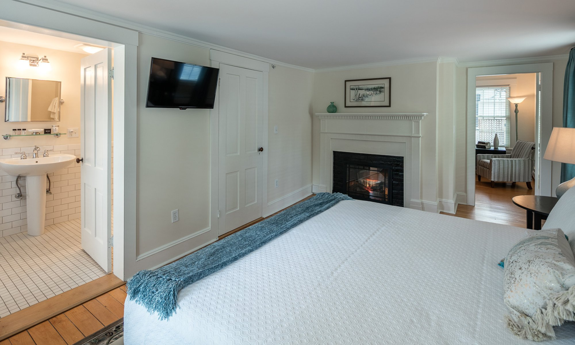 Suites - Woodstock, Vermont Bed and Breakfast | Blue Horse Inn