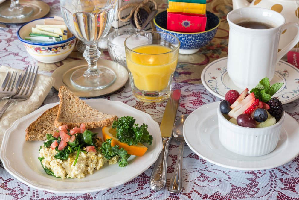tofu scramble table setting