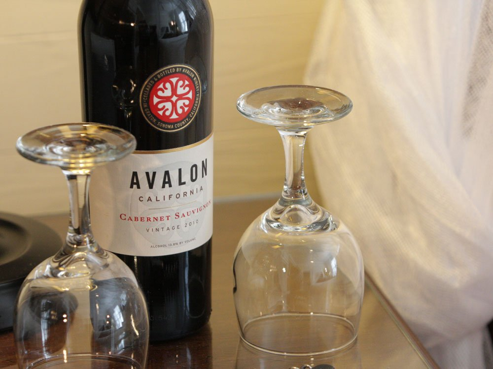 bottle of wine with two wine glasses