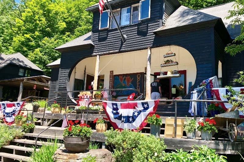 Blue Mountain Designs gift shop