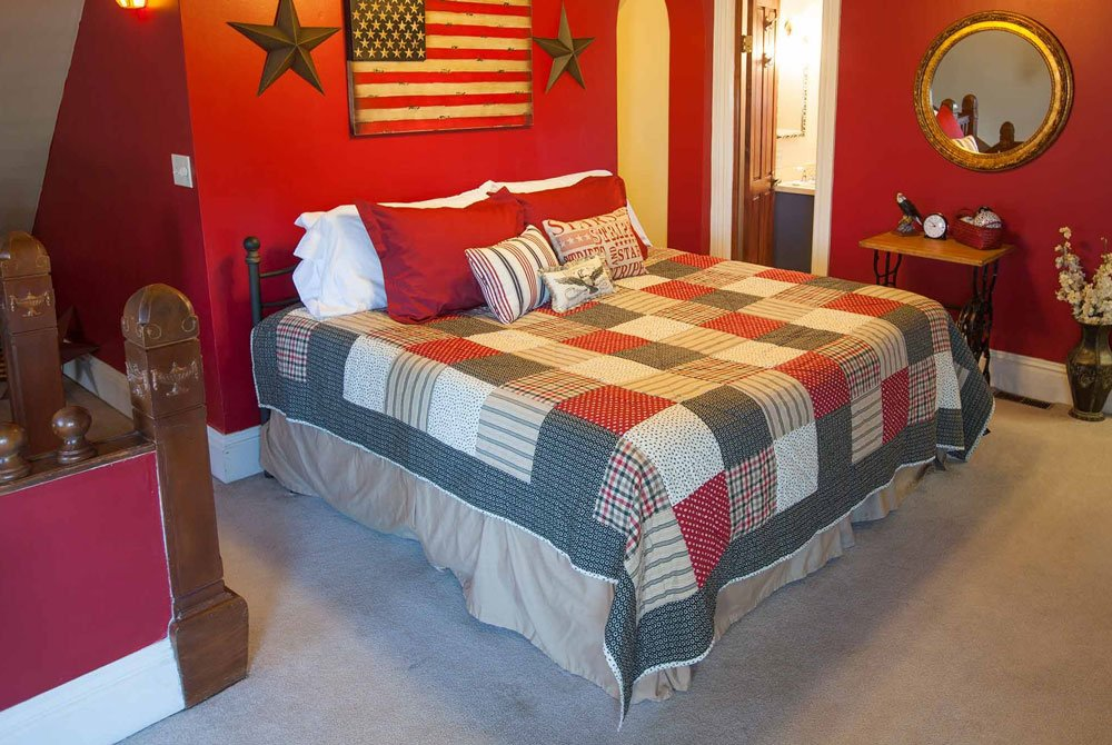 Eagle's Nest Room