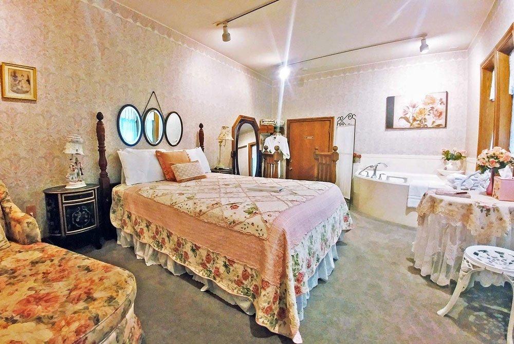 Victorian Rose Room
