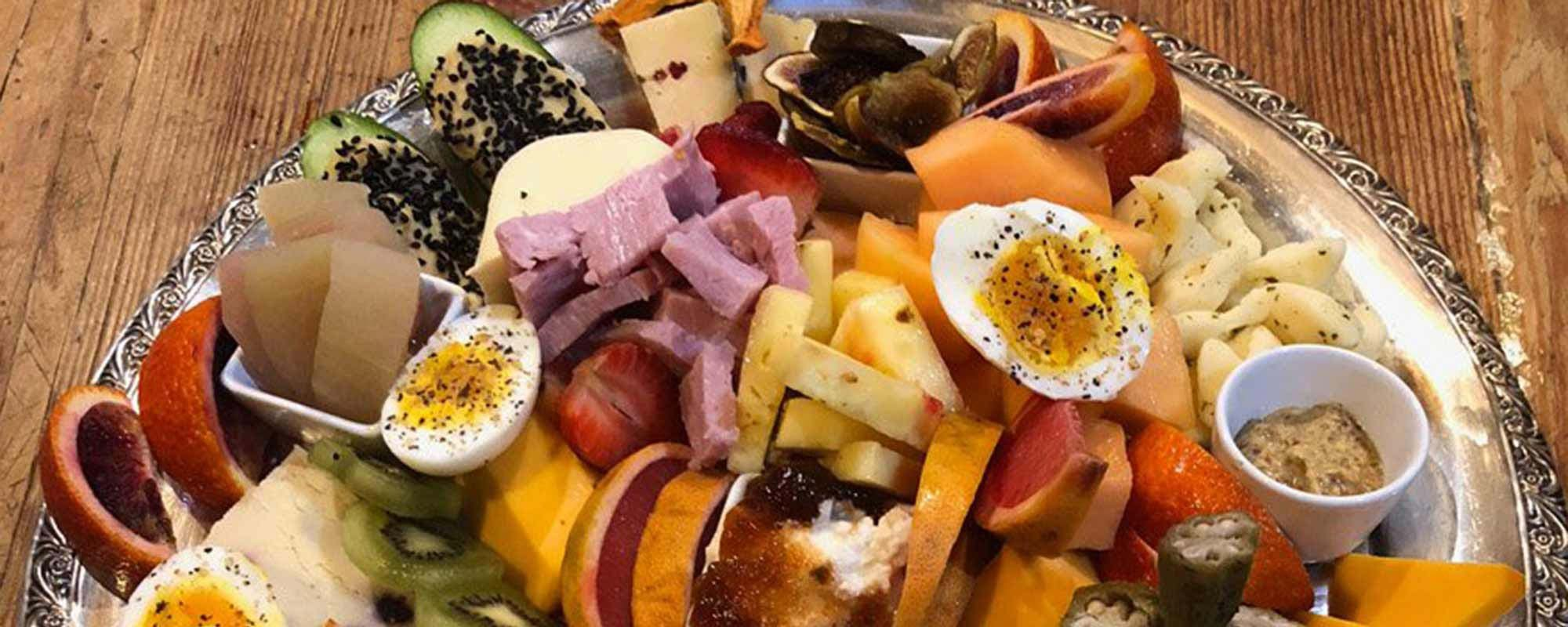 Charcuterie Dinner Tray with meats, cheese,and fruit
