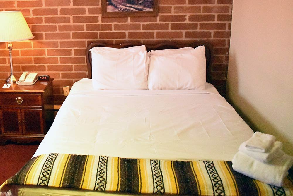 one queen bed
